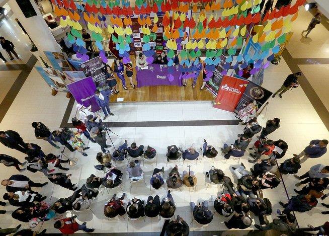 Los Mojarras presentan en Cusco su nuevo tema contra el maltrato a la mujer (FOTOS)