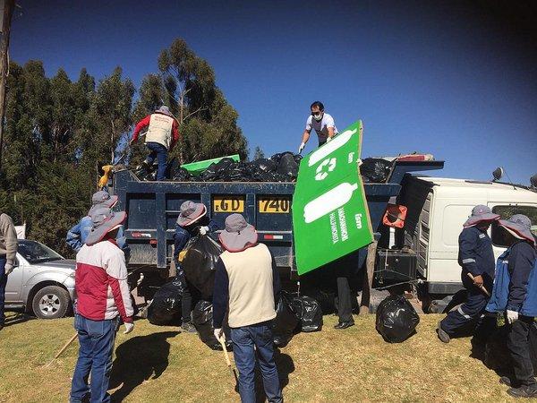 Recogen 25 toneladas de residuos de Sacsayhuamán después del Inti Raymi (FOTOS)