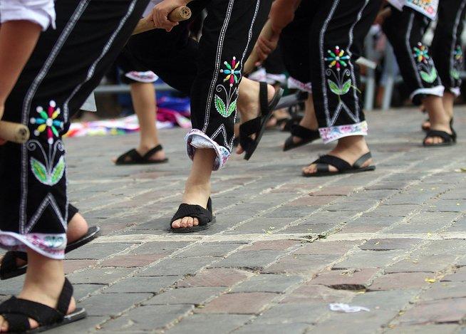 Vive las Fiestas del Cusco con las mejores imágenes del desfile escolar (FOTOS)
