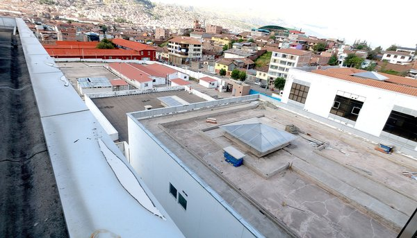 Ministra de Salud llega a Cusco para suscripción de convenio a favor del Hospital Antonio Lorena