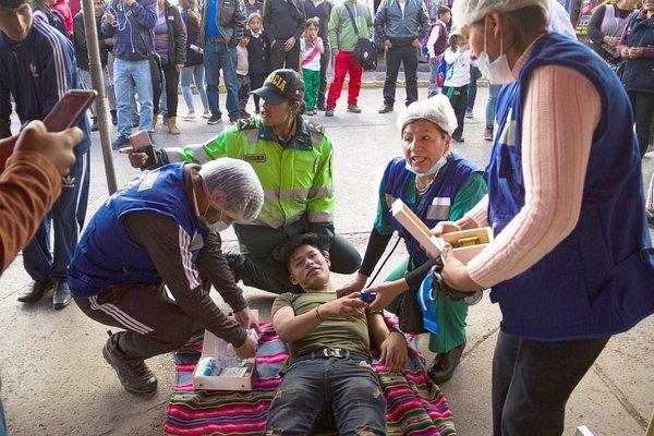 Simulacro de sismo deja un estimado de mil muertos en Cusco (FOTOS)