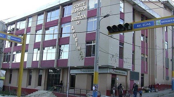 Destituyen a servidora de Corte Superior de Justicia de Apurímac