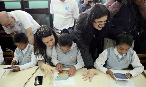 Más de 170 mil cusqueños que viven en las zonas rurales tendrán acceso a Internet 4G