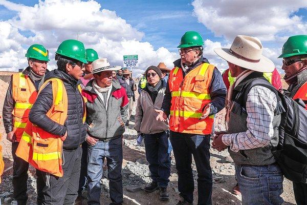 Ministros de Energía y Minas y de Cultura visitaron comunidades originarias de Espinar