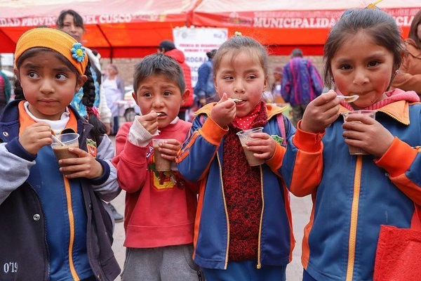 Feria gastronómica contra la anemia en Cusco