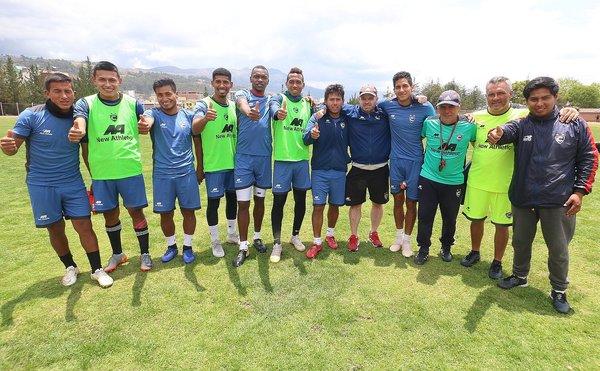 El imperio contraataca: Cienciano se juega la vida hoy frente al Santos FC en Cusco (FOTOS)