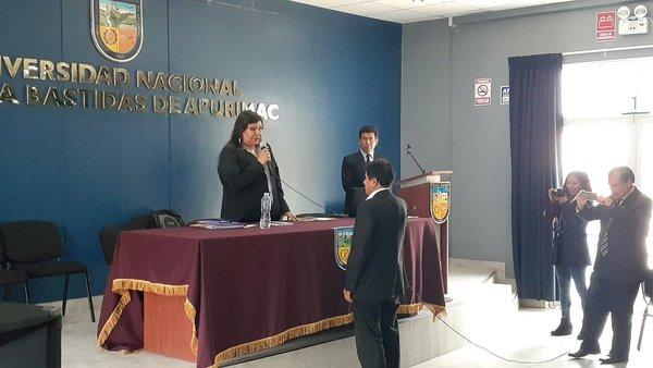 Manuel Ibarra asume rectorado de la Unamba