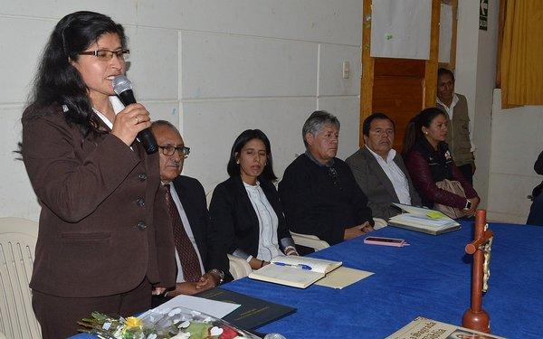 Juramentó nueva directora de Ugel Chincheros
