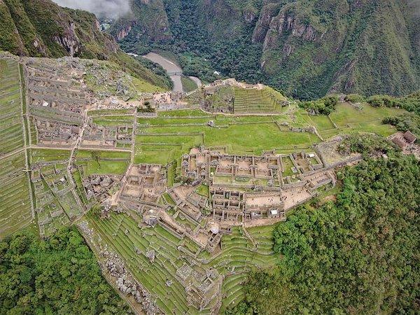 Proceso legal a extranjero que usó drone en Machu Picchu continuará aunque no esté en el país