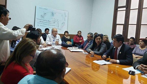 Prefecto de Cusco exige hacer cumplir ley contra la discriminación
